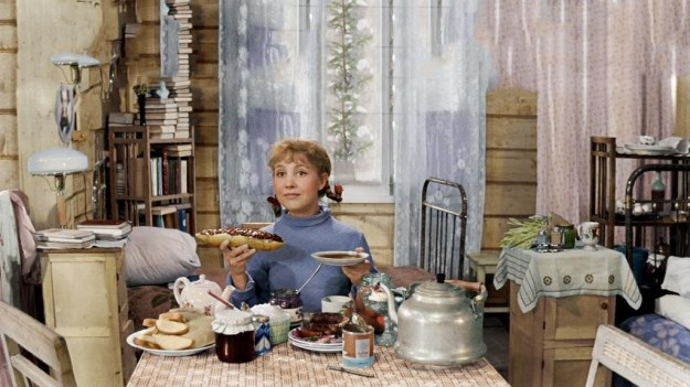 Девчата | 10 крутых советских комедий | Brain Berries