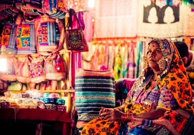 Ночной рынок в Арпоре, Гоа   Топ-8 самых колоритных рынков мира   Brain Berries