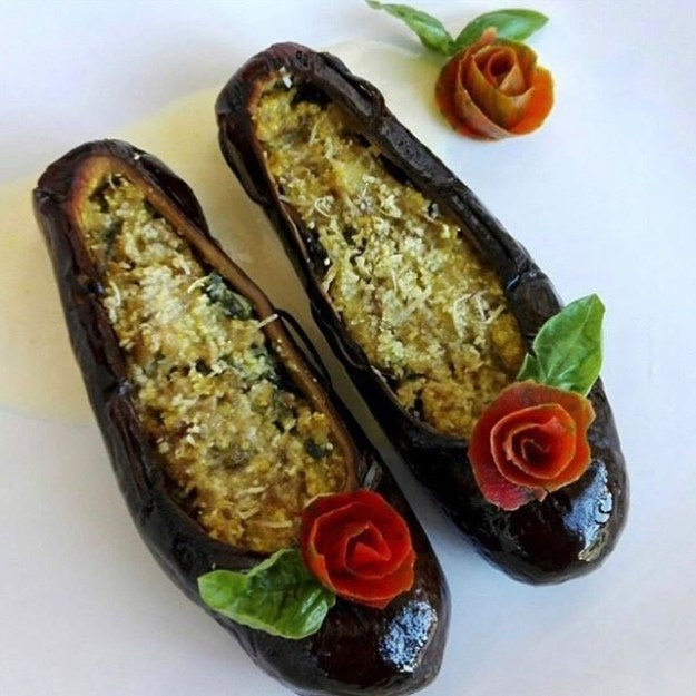Cinderella shoes | Unsettling Food Art by @TotallyGourmet | Brain Berries