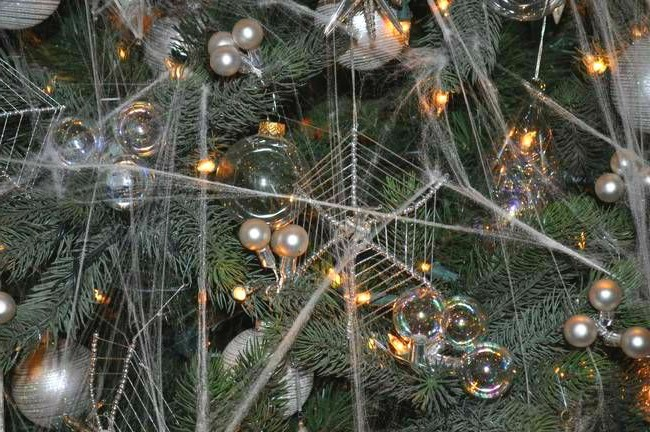 Christmas Spiderwebs Ukraine
