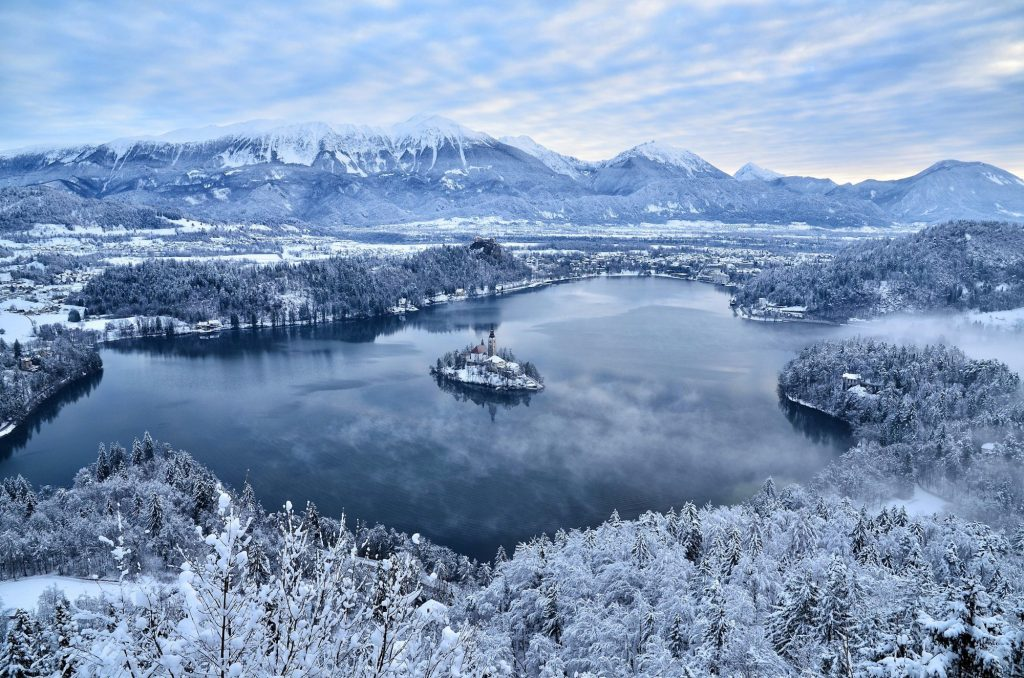 9 Amazing Destinations You'll Want to Visit in the Winter #5 | Brain Berries