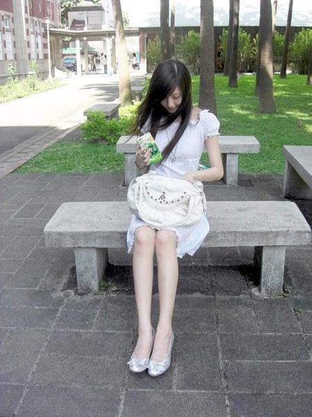 章澤天 - 萌系奶茶妹妹產後宣傳茶飲店2個月急速鏟肉變更美了、孕照凸大肚竟有水蛇腰長腿爆細、收伏400億大亨CEO劉強東認先有後婚