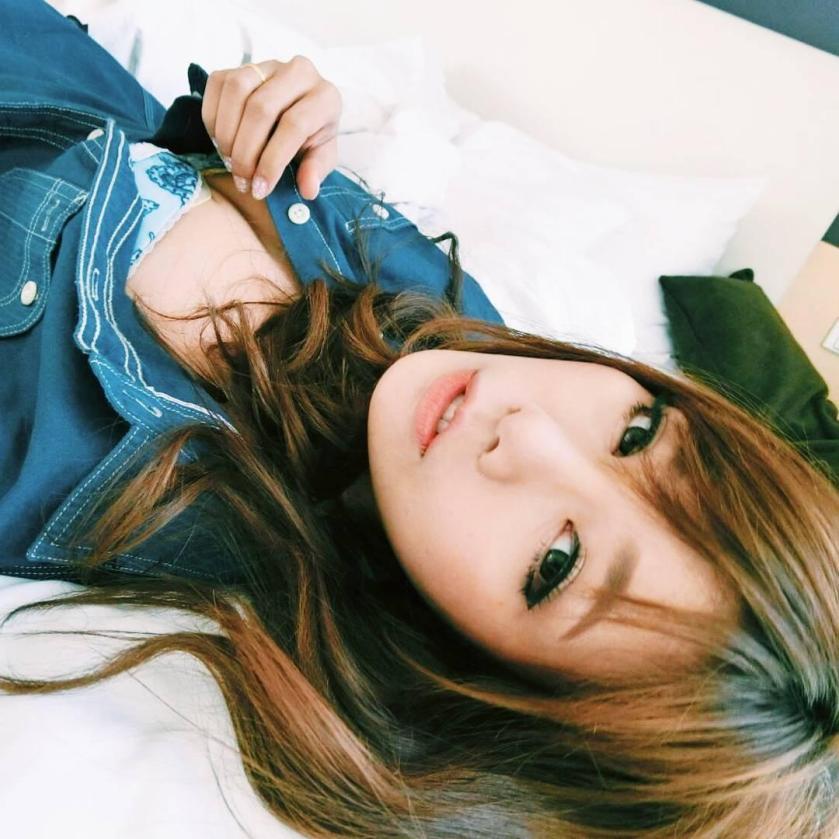 Patcharaporn Kenchompoo - Bella mybel泰版謝金燕,泫雅、連霸兩年泰國最受歡迎車模女神、極品超美性感修長白皙甜美可愛正妹麻豆