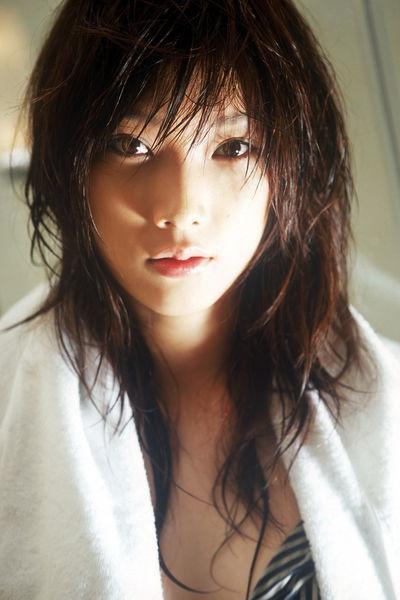 赤井沙希 - 摔角妖精力與美的結合、日本美女模特轉行摔角肉搏陸媒讚日版林志玲、格鬥界超正女王