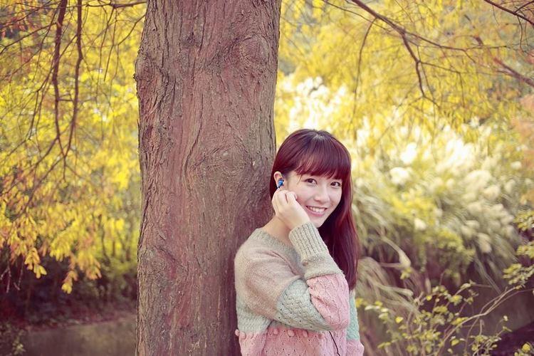 黃巧綸 - 表特女神綸綸、讓你小鹿亂撞的甜美笑容、清新指數爆表