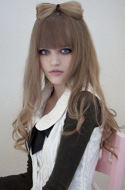 Dakota Rose - 比芭比還芭比、 美籍日模大露深溝照、讀者模特兒