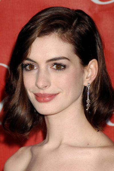 安海瑟薇 - Anne Hathaway產後復出傲人上圍震撼曝光驚艷眾人賣力宣傳魔境夢遊2、性感蹦奶貓女升格當亞當舒爾曼人妻、新片三點全露晃奶口交一氣呵成
