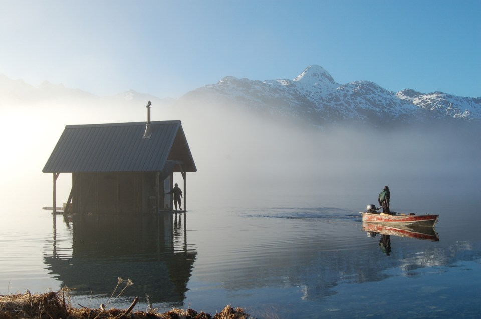 stunningly-dreamy-remote -cabins-in-the-middle-of-nowhere-06