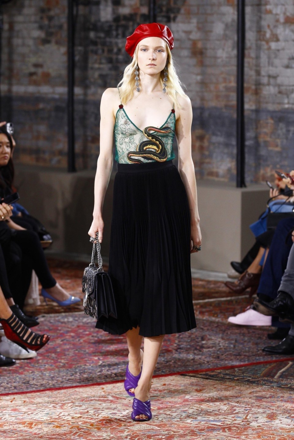 best-looks-of-the-gucci-cruise-collection-2016-11
