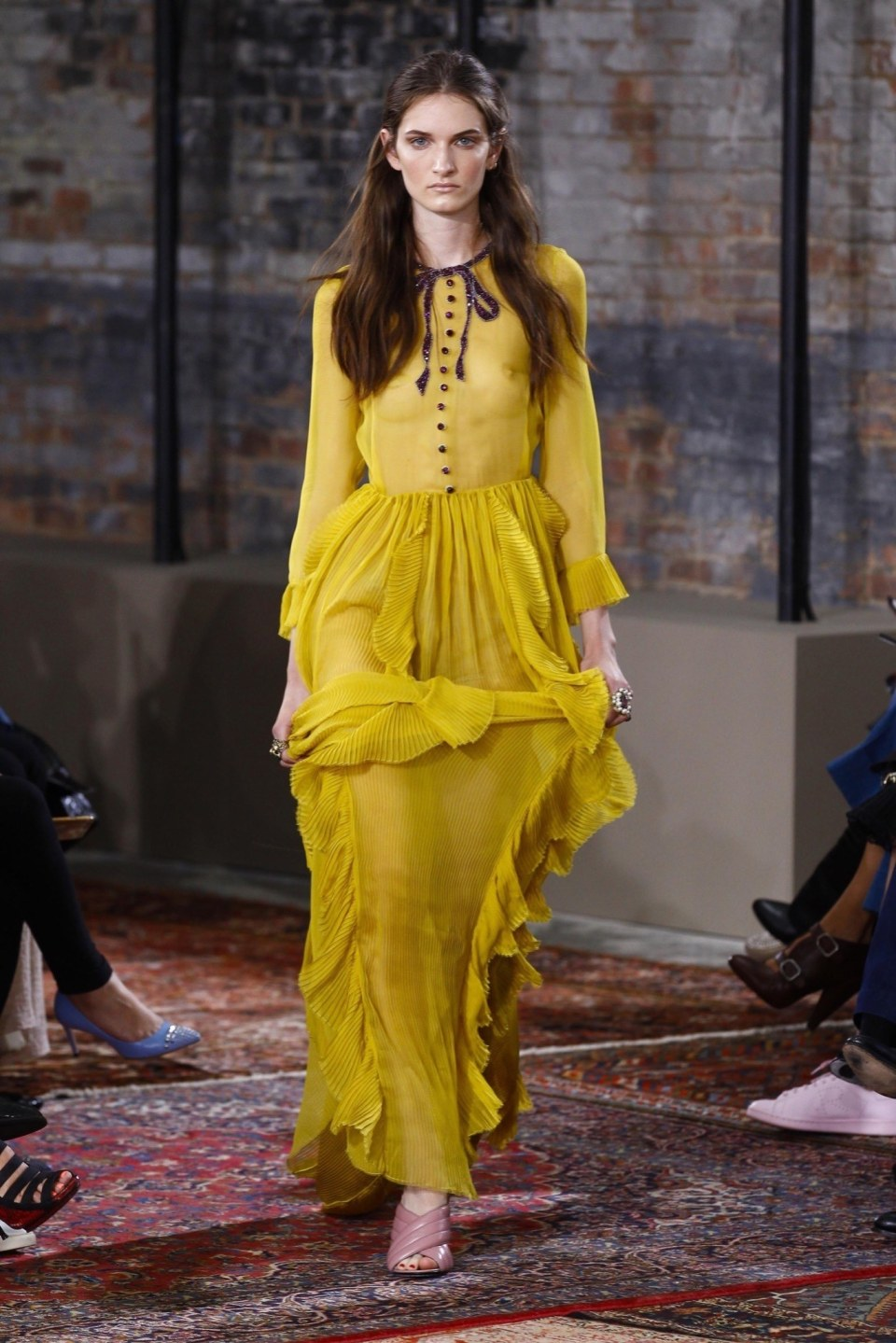 best-looks-of-the-gucci-cruise-collection-2016-12
