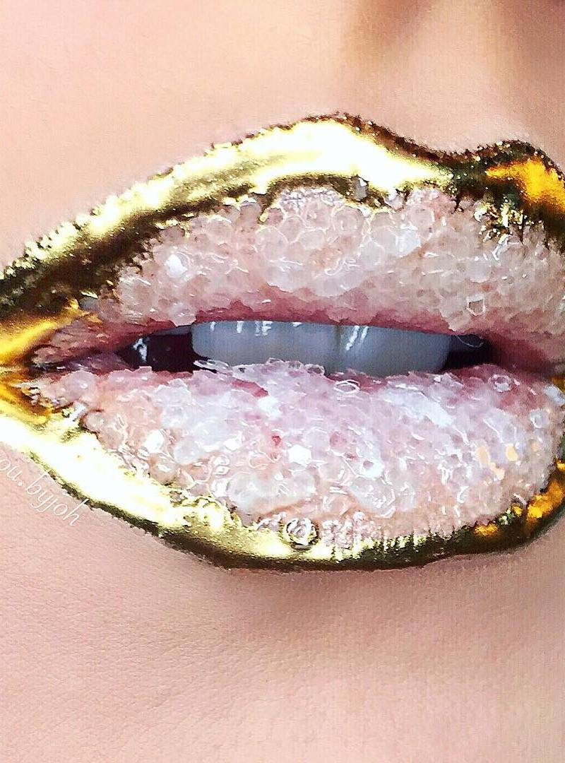 crystal-lips-the-hottest-beauty-trend-this-year-by-makeup-artist-johannah-adams-08