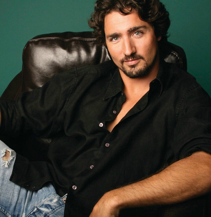 15_Photos_Of_Justin_Trudeau_That'll_Make_Your_Heart_Skip_a_Beat_07