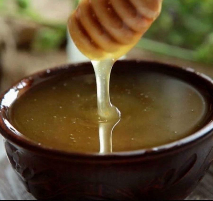Мед | 9 продуктов, которые сделают ваши пяточки мягкими и ухоженными | Her Beauty