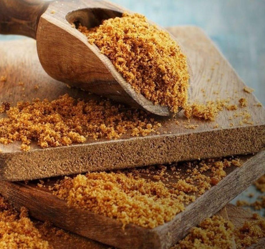 Коричневый сахар | 9 продуктов, которые сделают ваши пяточки мягкими и ухоженными | Her Beauty