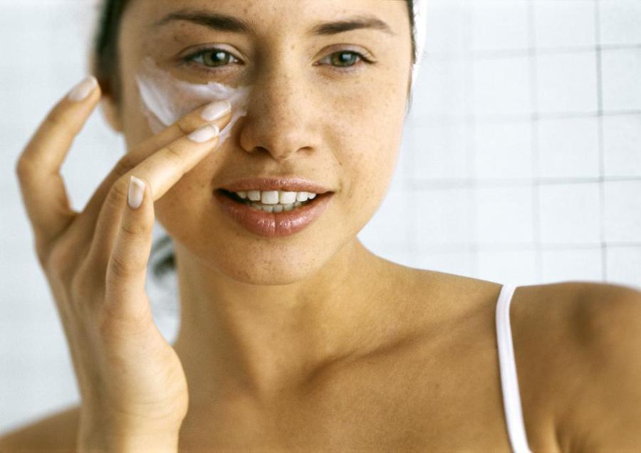 Protect your eye area   9 Best Tips To Get Glowing Skin In Summer Naturally   Her Beauty