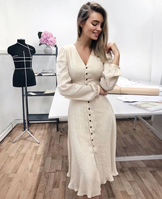 You've had your clothes tailored  | 15 Signs That Prove You Have Good Style | Her Beauty