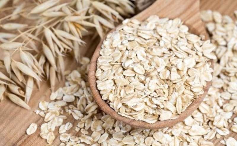 Oatmeal  | 10 Best Natural Skin Exfoliators | Her Beauty