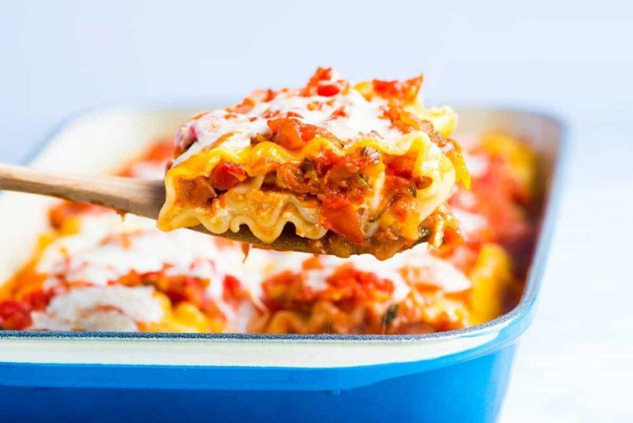 Pumpkin and Kale Lasagna Roll-Ups | 12Healthy Pumpkin Recipes Perfect for Fall | Her Beauty