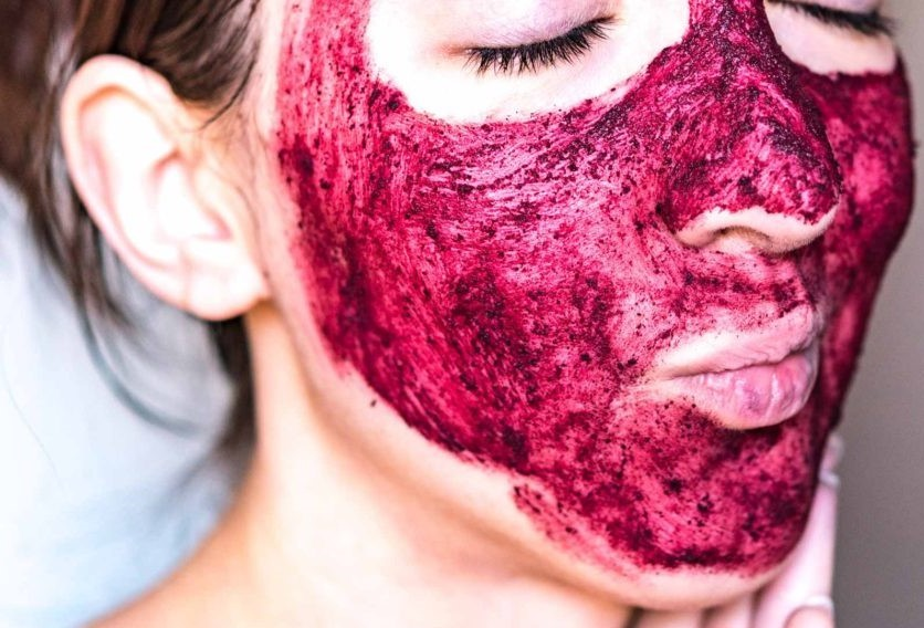 Клюквенный | Безопасный пилинг лица в домашних условиях: 6 легких рецептов | Her Beauty
