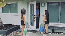 Threeway bikini bigtit carwash fuck