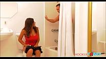 Curious Natural Huge Boobs Teen Latina Step Daughter Ella Knox Seduces Her Dad After Seeing His Dick