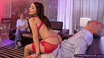 Valentina Nappi and Nicky Huntsman : Sex whit the VIP