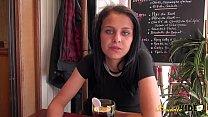 Jeune algérienne de 20 ans se fait défoncer par tous les trous