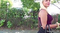 Echtes Street Casting mit geiler blonden Maus Gabi in Berlin