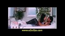 Kareena Kapoor kiss and Ass