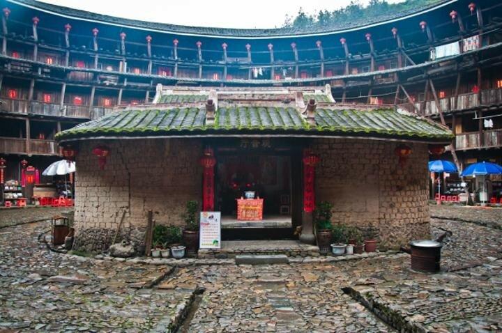 Тулоу— традиционные дома китайцев народа хакка