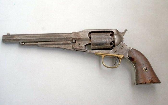 Кольт и Ремингтон   легендарные револьверы Дикого Запада на старинных фото