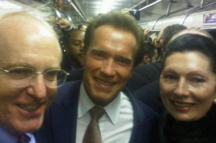 Арнольд Шванцнегер прокатился в Московском метро