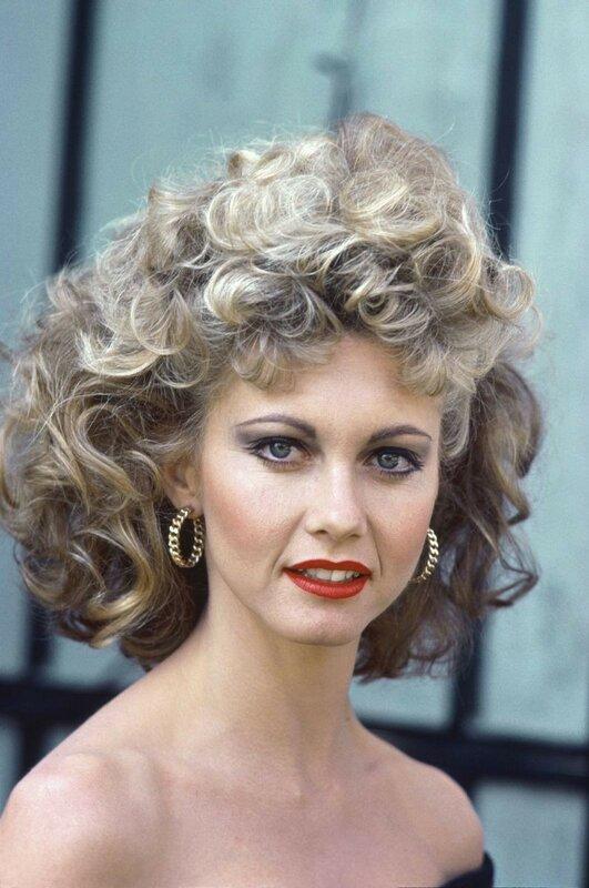 Оливия Ньютон-Джон – «Бриолин» (1978, 30 лет)