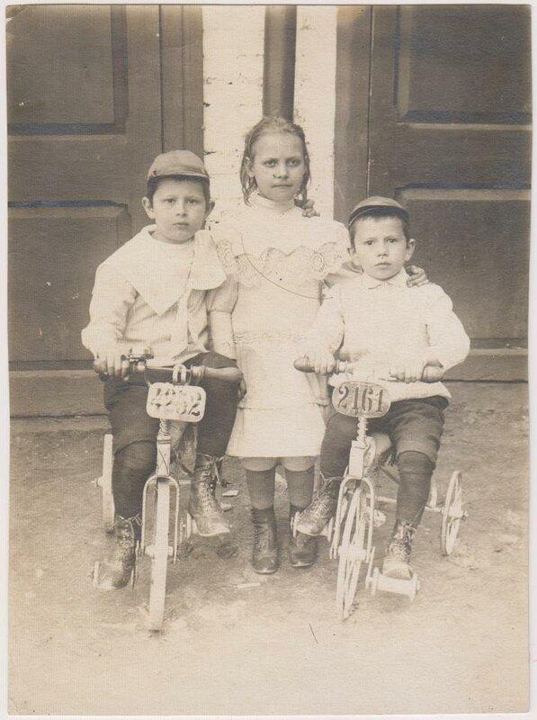 Раньше даже детские велосипеды регистрировали.jpg
