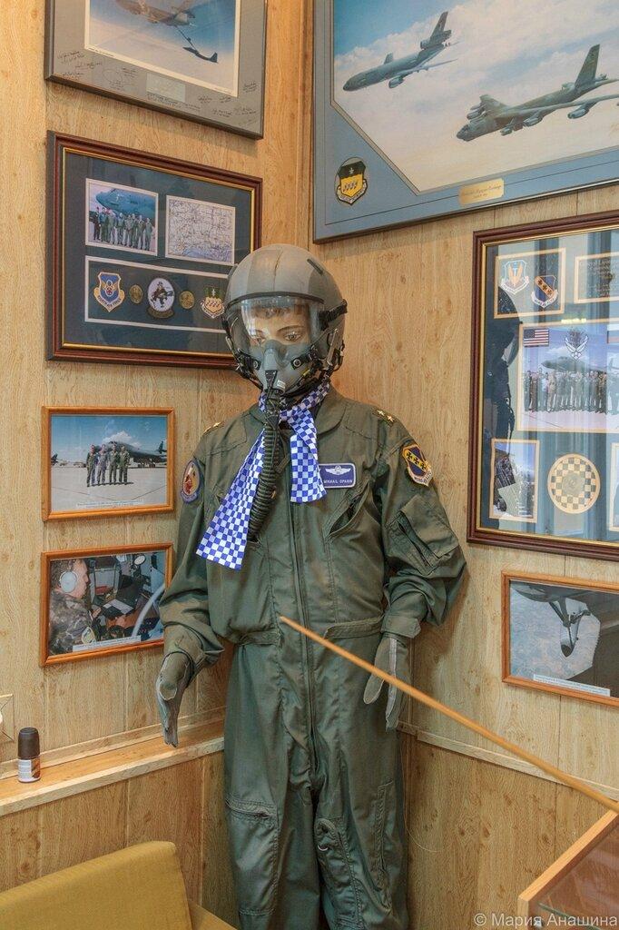 Одежда командующего ДА ВВС России генерал-лейтенанта Опарина М.М. Музей Дальней авиации, Рязань