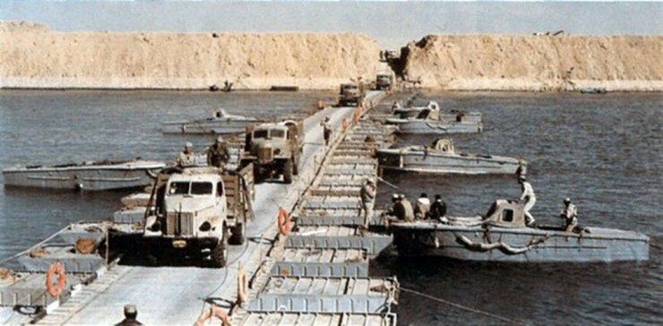 0_1bd443_1a5d07c6_XXXL Сирия и Египет напали на Израиль. Война Судного дня
