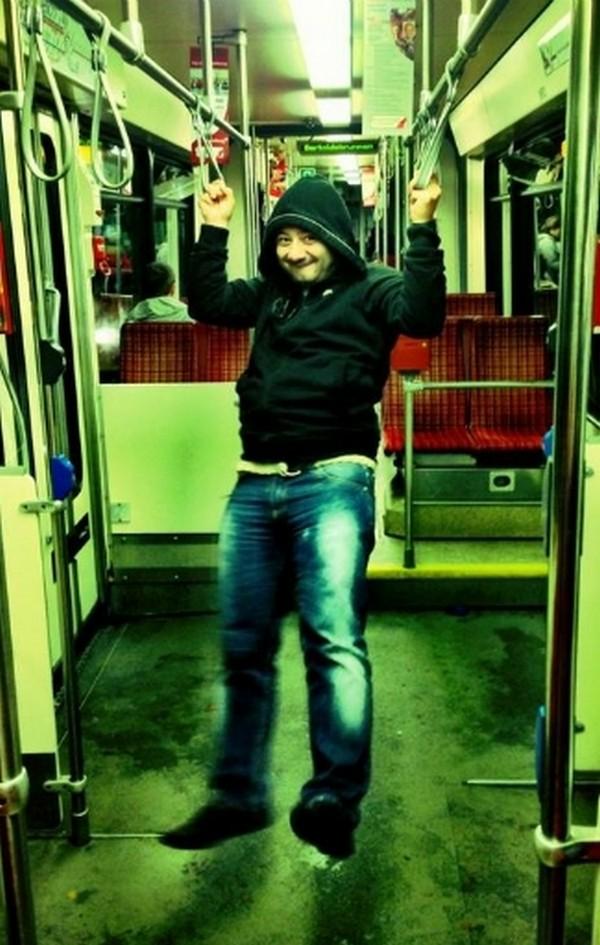 Михаил Галустян в трамвае
