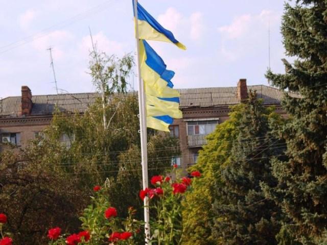 Замість барикад у Словянську цвітуть троянди