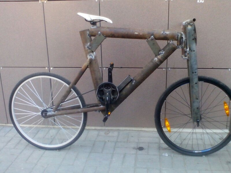 Доказательства тяжелой жизни велосипедистов в городе: фото и видео