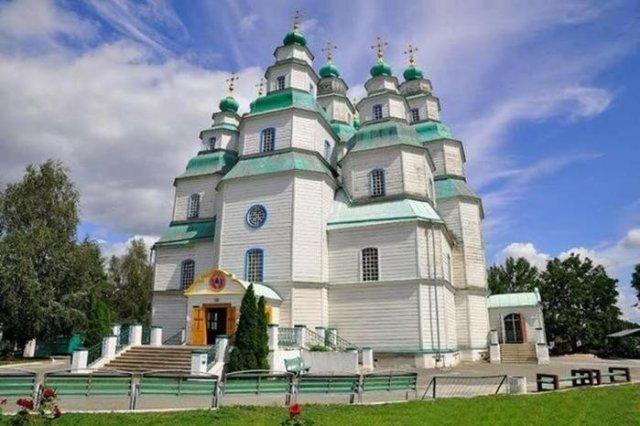 Найцікавіші місця України, згадані у відомих літературних творах