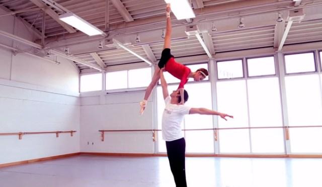 Поэзия движения. Видео с выполнением самых сложных танцевальных движений