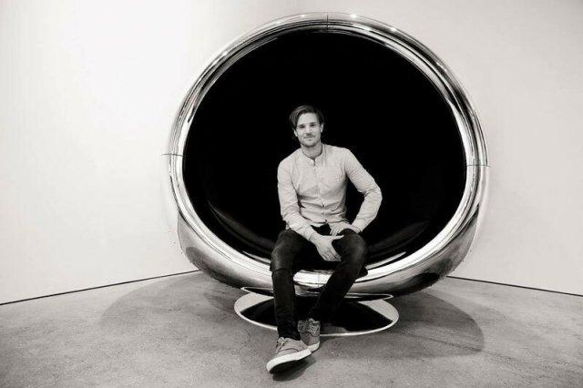 Мебель из частей самолета английских дизайнеров
