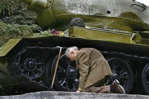 Russian Military tanks,Russian military trucks for sale,Russian army equipment,Baltiysk,Kaliningrad Oblast