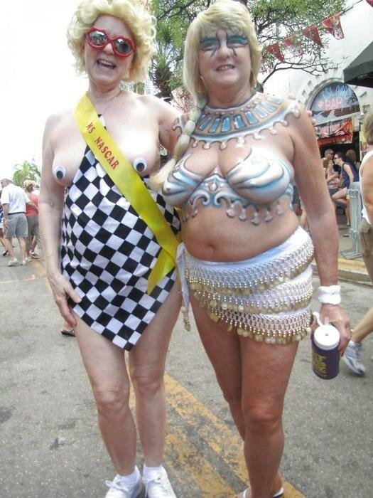 Суровый американский фестиваль боди арта