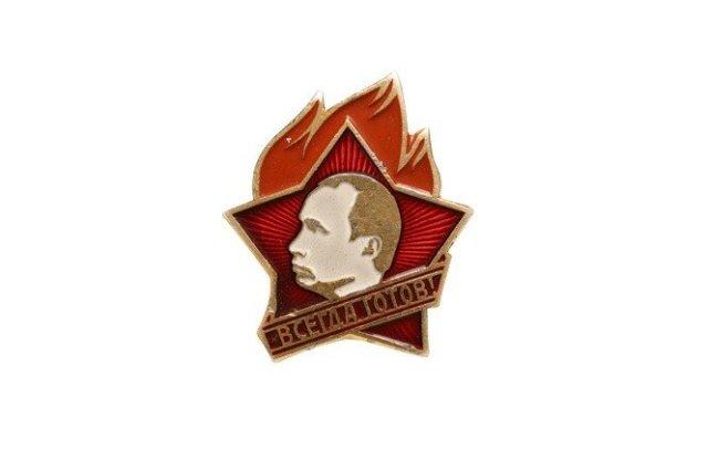 «Владимир – владеющим миром…» Поздравления президента России в стихах