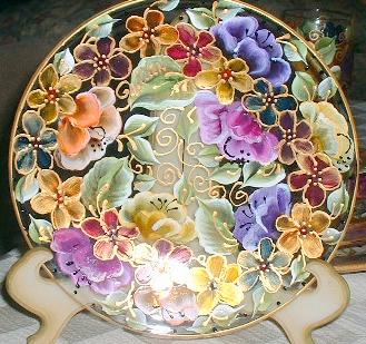 роспись декоративной тарелки