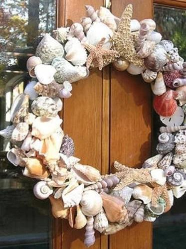 рождественский венок из ракушек