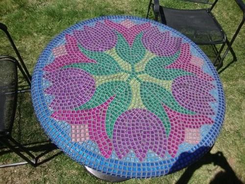 хендмейд стол декор мозаикой