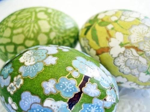 пасхальные яйца декупаж зелеными салфетками