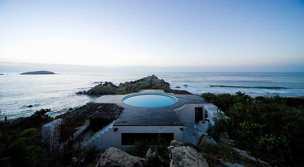 Observatory House, дом у океана, Рока Бланка, Мексика